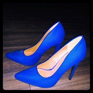 Size 7 Cupid Heels blue